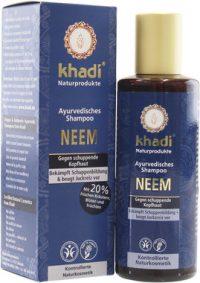 Este champú anti-caspa de neem cuenta con formulación ayurvédica eficaz para combatir la caspa, y deja el cabello suave y limpio.