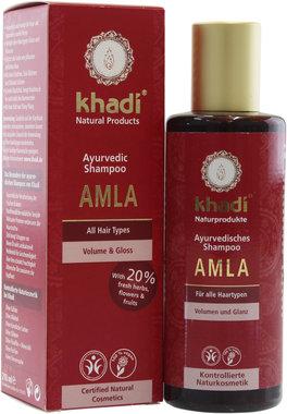 Este champú de Khadi es eficaz contra la caspa y evita el encanecimiento prematuro. Apto para un crecimiento de un cabello suave. El amla detiene el encanecimiento del cabello y previene la caspa.